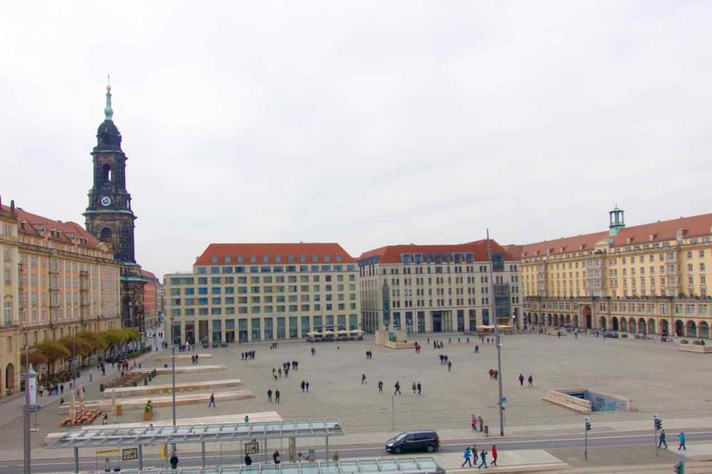 Dresden Sehenswürdigkeiten, Altmarkt vom Balkon des Kulturpalastes
