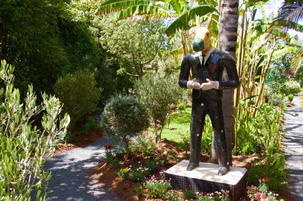 Marrakesch Anima Garten von Andre Heller, Figur mit Eselskopf
