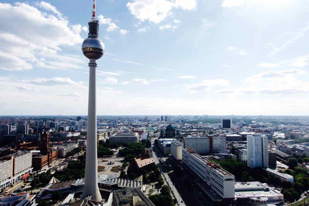 Berlin, Blick von der Dachterrasse des Park Inn
