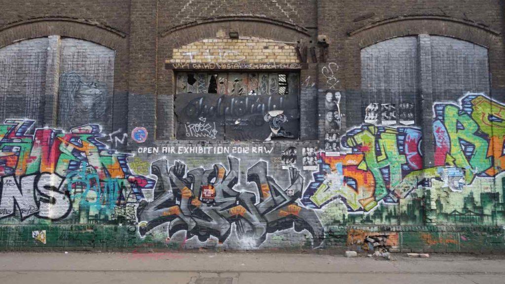 RAW-Gelände in Berlin, Graffiti an Hallenwand