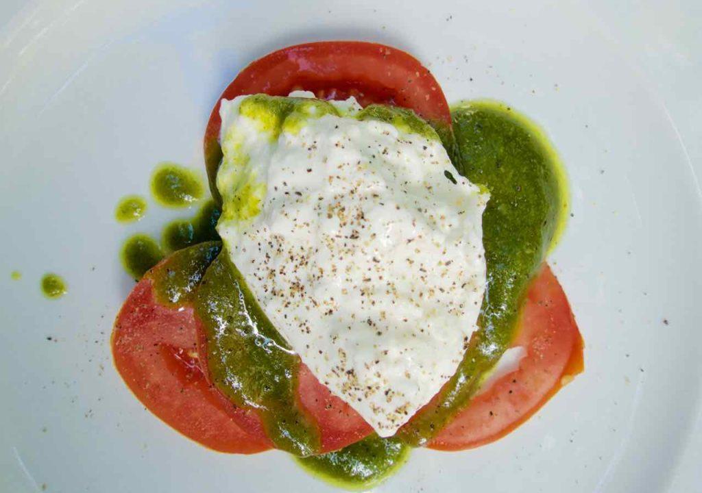 Restaurant Culaccino Berlin, Vorspeise: Burrata mit Tomate an Basilikumpesto
