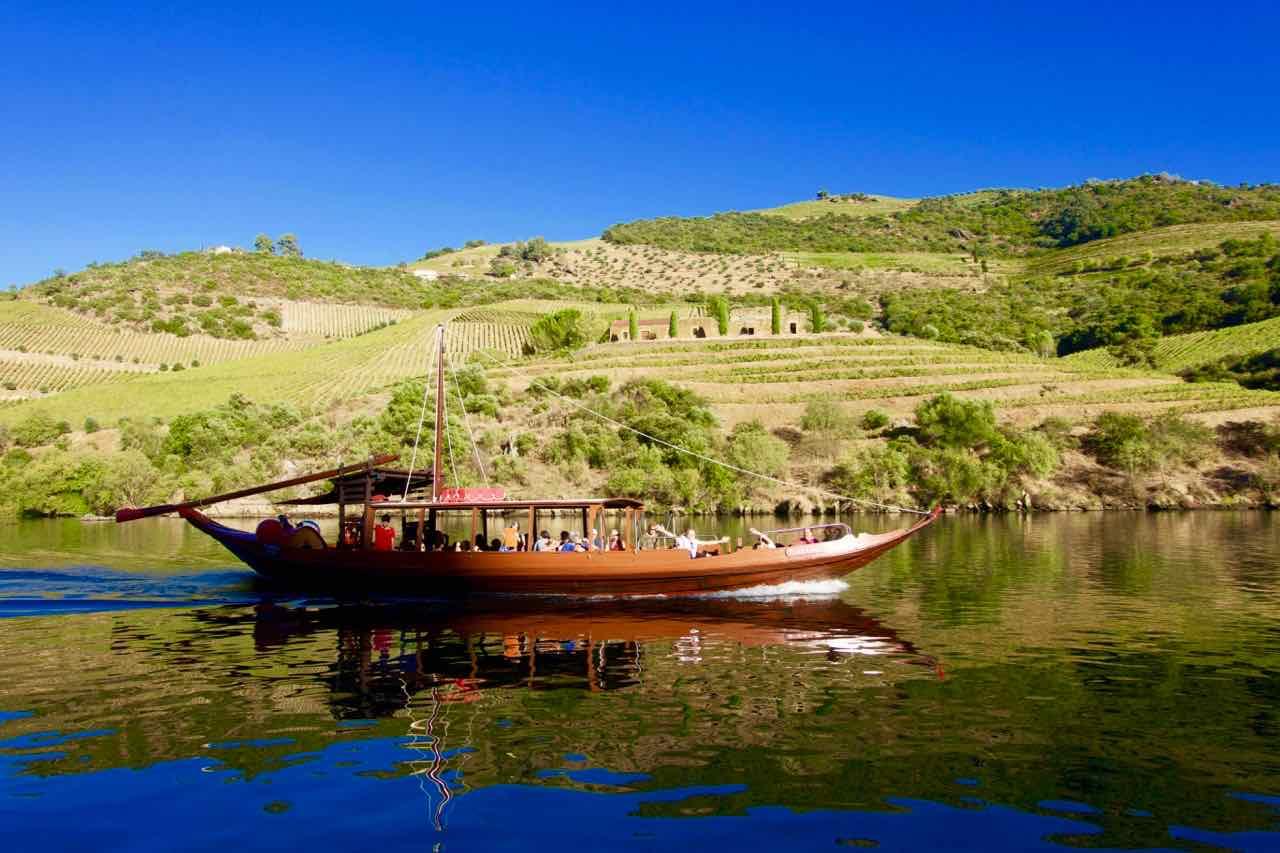 Douro-Tal, Rabelo auf dem Douro Fluß © PetersTravel