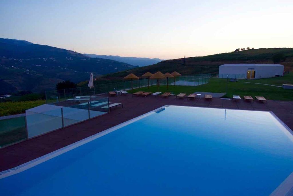 Douro Valley: Hotel Douro Scala am Abend, ©PetersTravel
