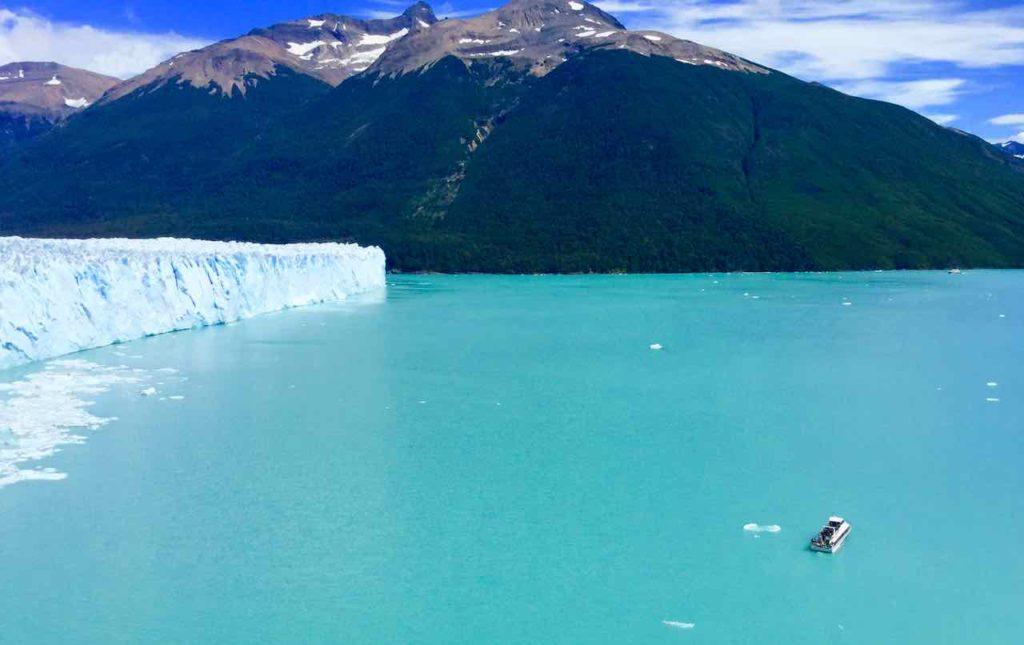 Perito Moreno Gletscher Patagonien Argentinien @PetersTravel Gletscherzunge mit Boot