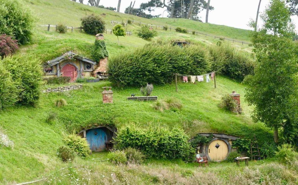 Hobbingen / Hobbiton, Halbtotale Neuseeland ©PetersTravel