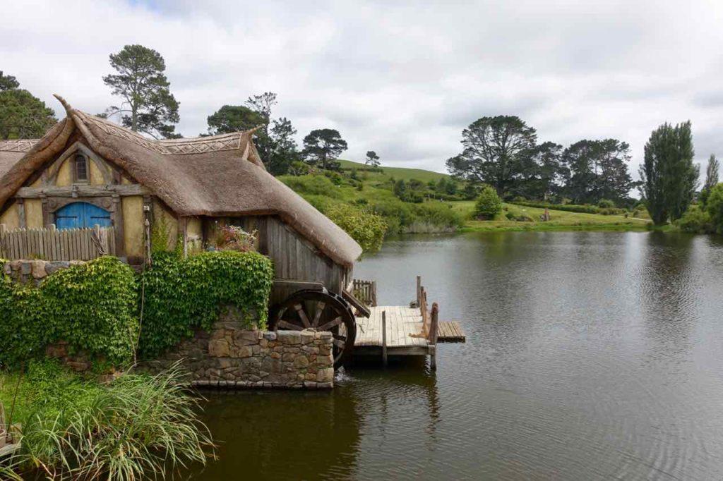 Hobbingen / Hobbiton: Mühle am See @PetersTravel