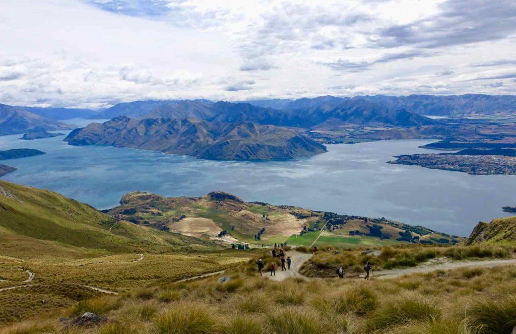 Mount Roy in Wanaka, 2, Weg mit Leuten, Neuseeland ©www.PetersTravel.de
