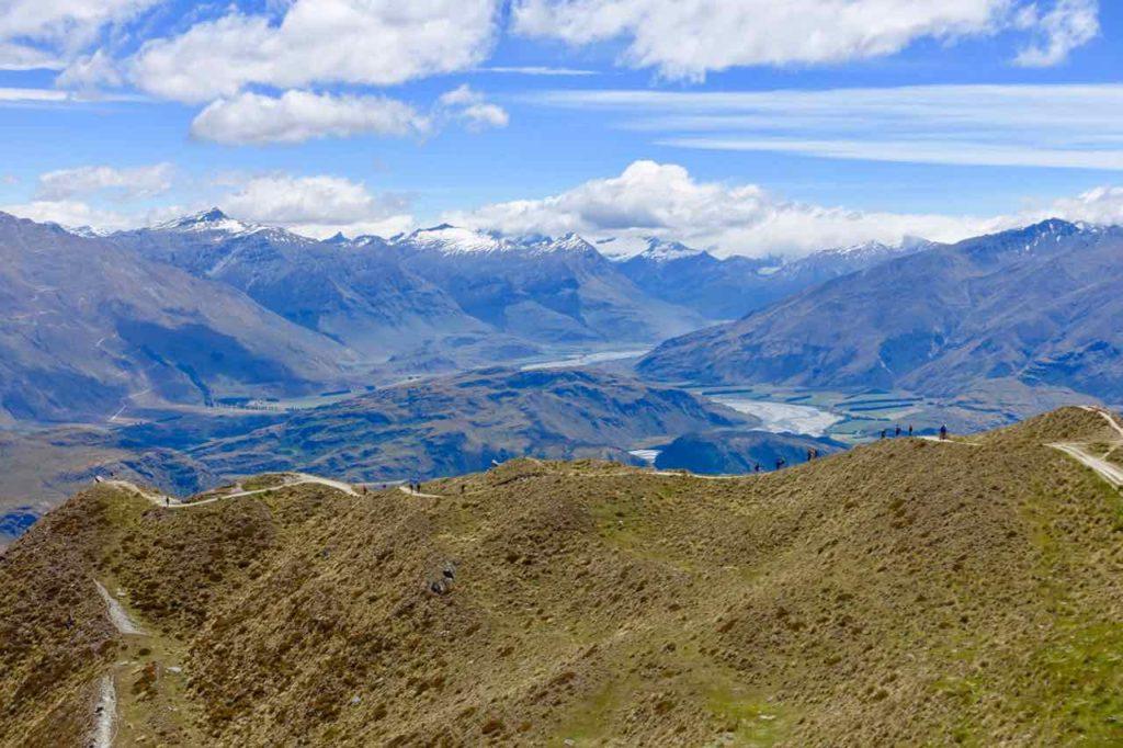 Mount Roy in Wanaka, Klein wie Ameisen... Neuseeland ©www.PetersTravel.de