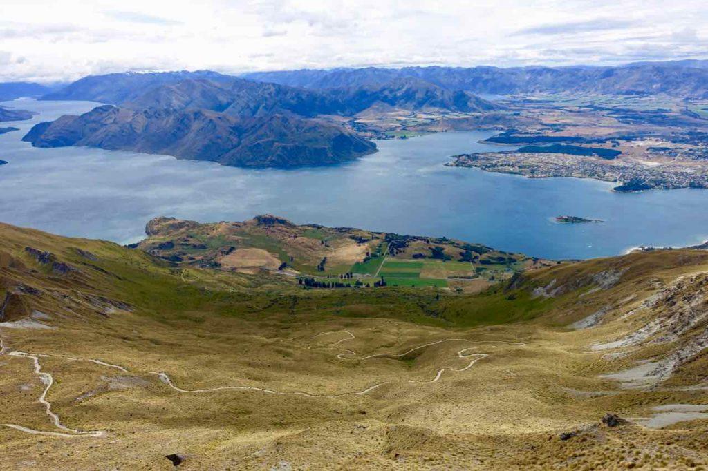 Wanaka Tipps zu Sehenswürdigkeiten: Weg auf den Mount Roy ©PetersTravel