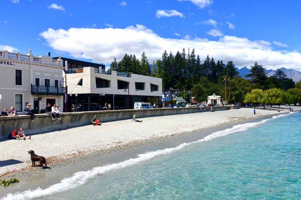 Queenstown Tipps: Strand an der Marine Parade, Neuseeland, @PetersTravel