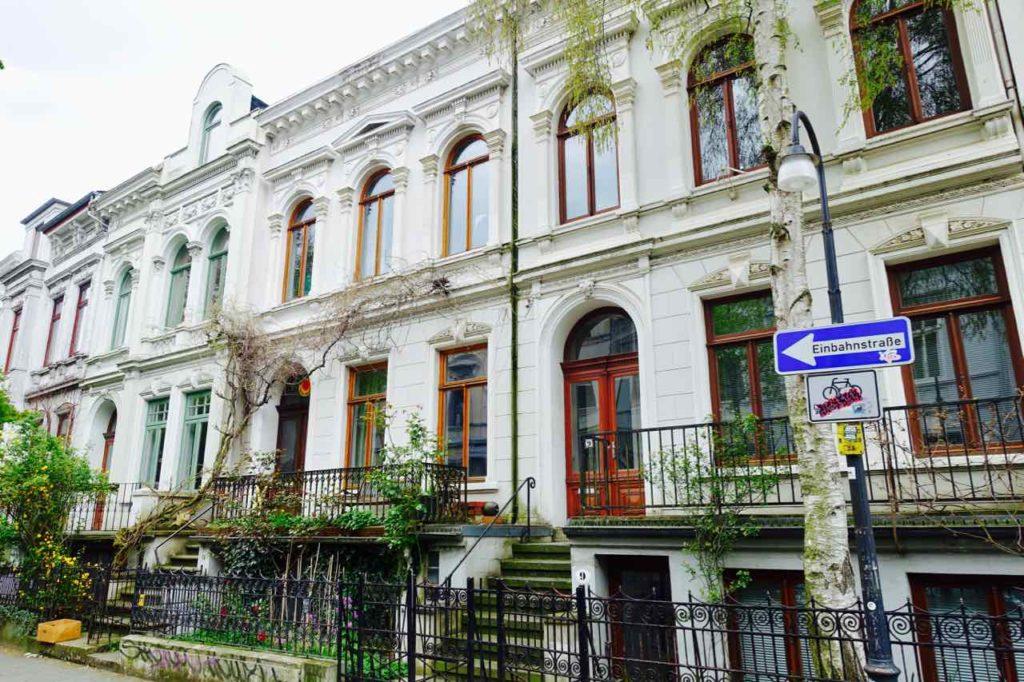 Szeneviertel Ostertor - Unterwegs in Bremens Viertel, Altbremer Häuser © PetersTravel