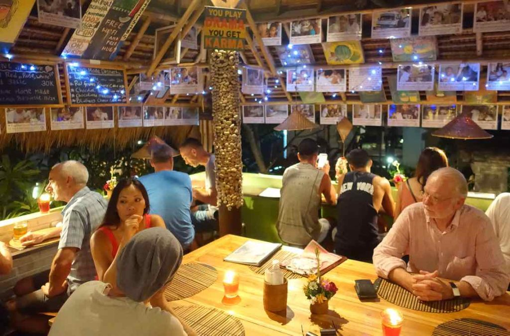 Ubud Restaurants: Fair Warung Bale auf Bali ©PetersTravel