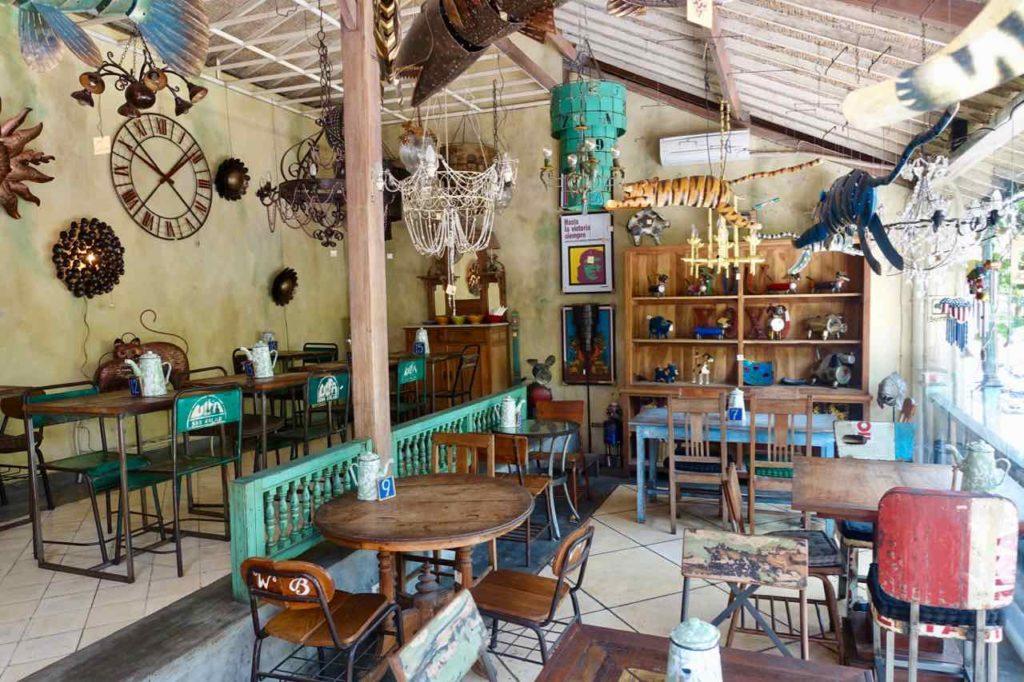 Ubud Restaurants: Warung Bernadette in der Jalan Gootama, Bali ©PetersTravel