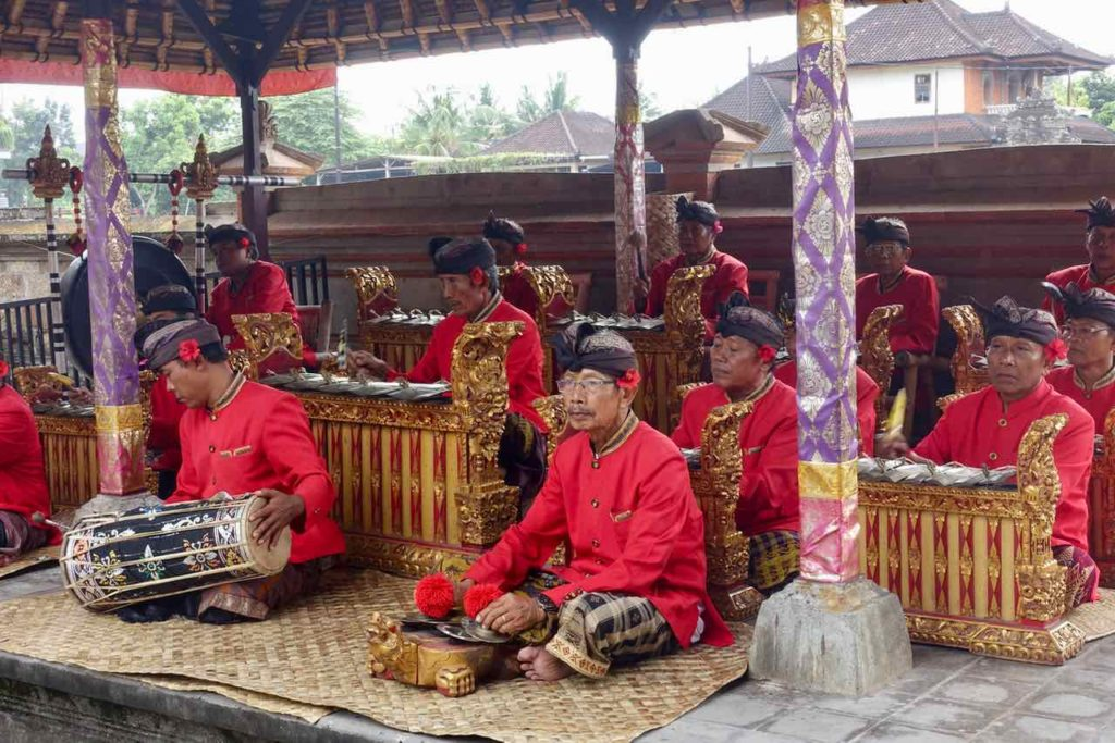 Barong Tanz Bali in Batubulan, Gamelan Orchester ©PetersTravel