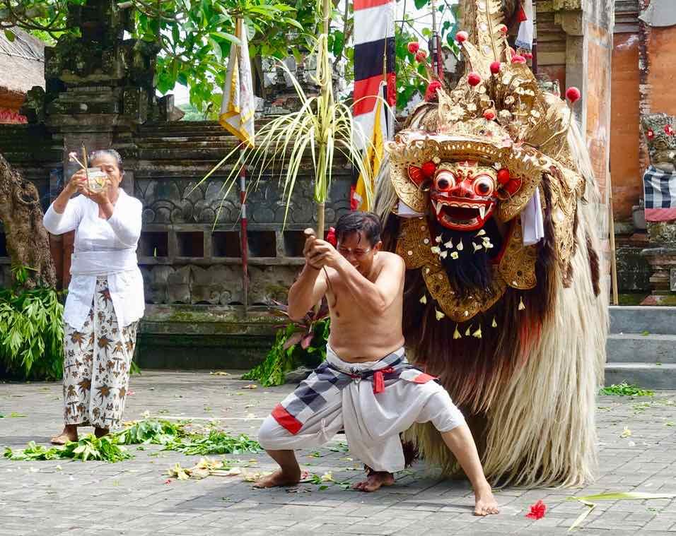 Barong Tanz Bali in Batubulan, Kristänzer ©PetersTravel