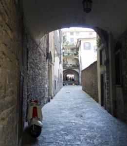 Bergamo Altstadt Gasse ©PetersTravel