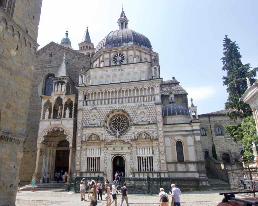 Bergamo Sehenswürdigkeiten Colleoni Kapelle und Basilika Santa Maria Maggiore ©PetersTravel