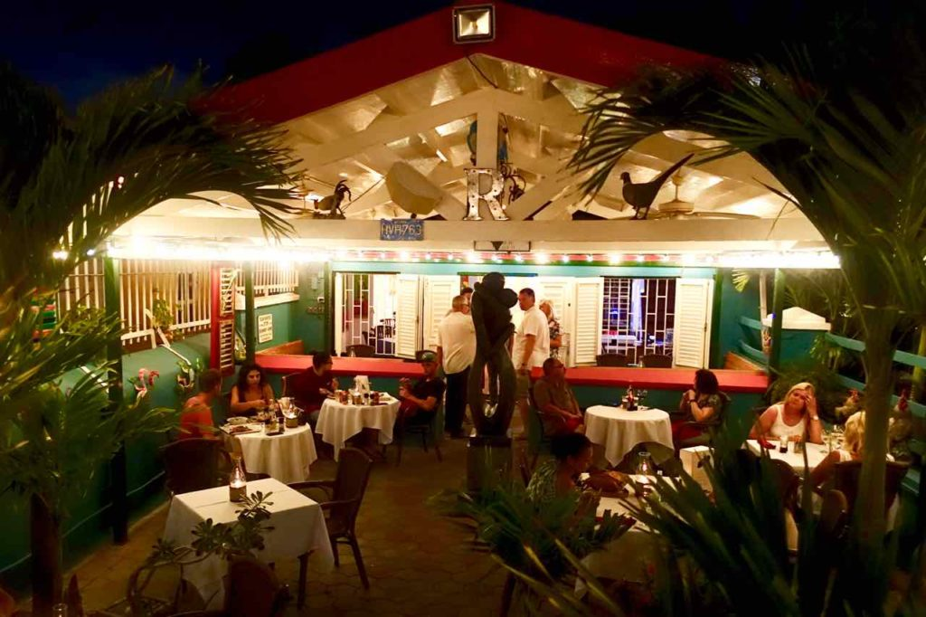 Restaurants Willemstad: Das Rozendaels in Willemstad, Curacao Copyright Peter Pohle