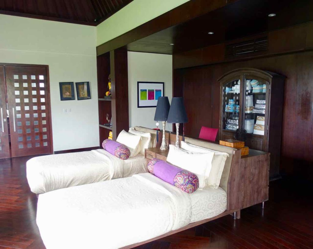 luxe villas bali in ubud bestes hotel von bali peterstravel. Black Bedroom Furniture Sets. Home Design Ideas