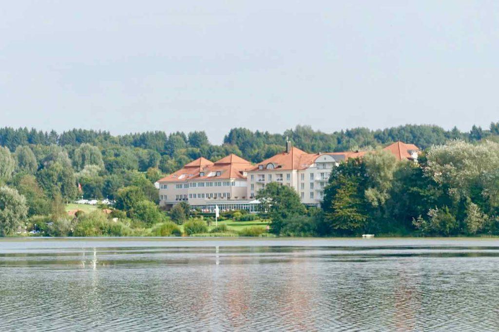 Westerwald Ausflüge: Lindner Hotel am Wiesensee, Copyright Peter Pohle