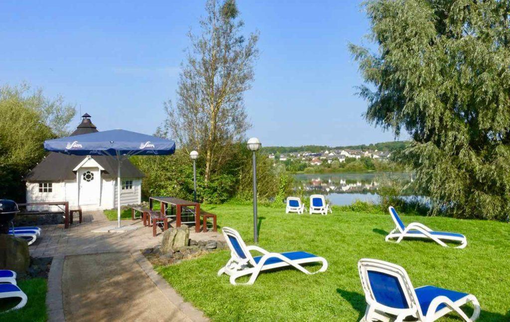 Westerwald Ausflüge, Lindner Hotels, Grillkota am Wiesensee Copyright Peter Pohle