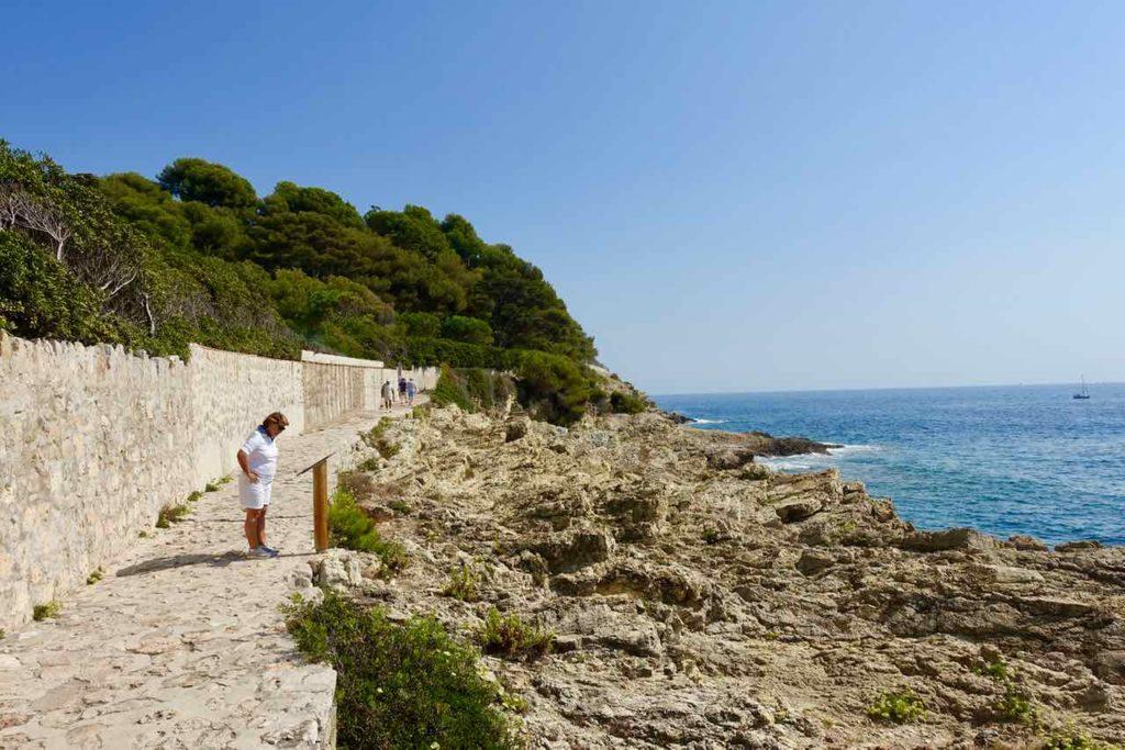 Wanderung um das Cap Ferrat an der Cote d'Azur: Das kleine Cap, Copyright PetersTravel / Peter Pohle