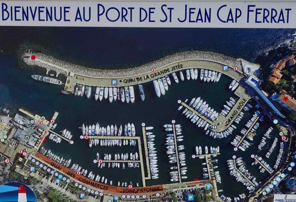 Wanderung um das Cap Ferrat an der Cote d'Azur: Yachthafen von St Jean Cap Ferrat