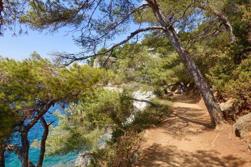 Wanderung um das Cap Ferrat an der Cote d'Azur: Zwischen Leuchtturm und Plage Passable Copyright PetersTravel / Peter Pohle