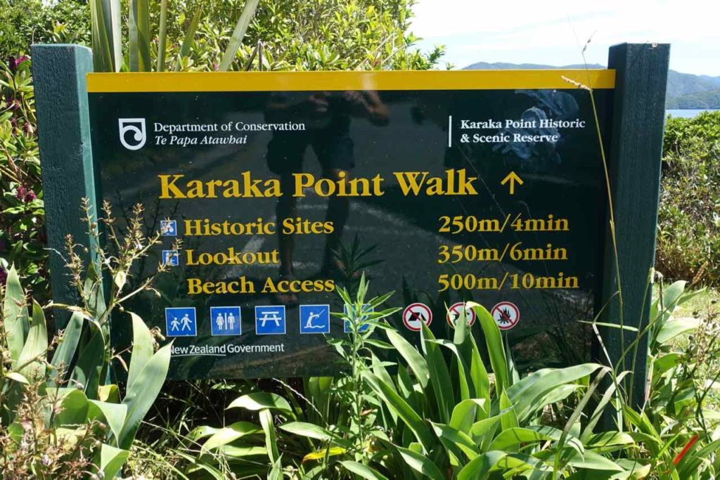 Picton Neuseeland Infotafel beim Karaka Point Walk Copyright Peter Pohle PetersTravel
