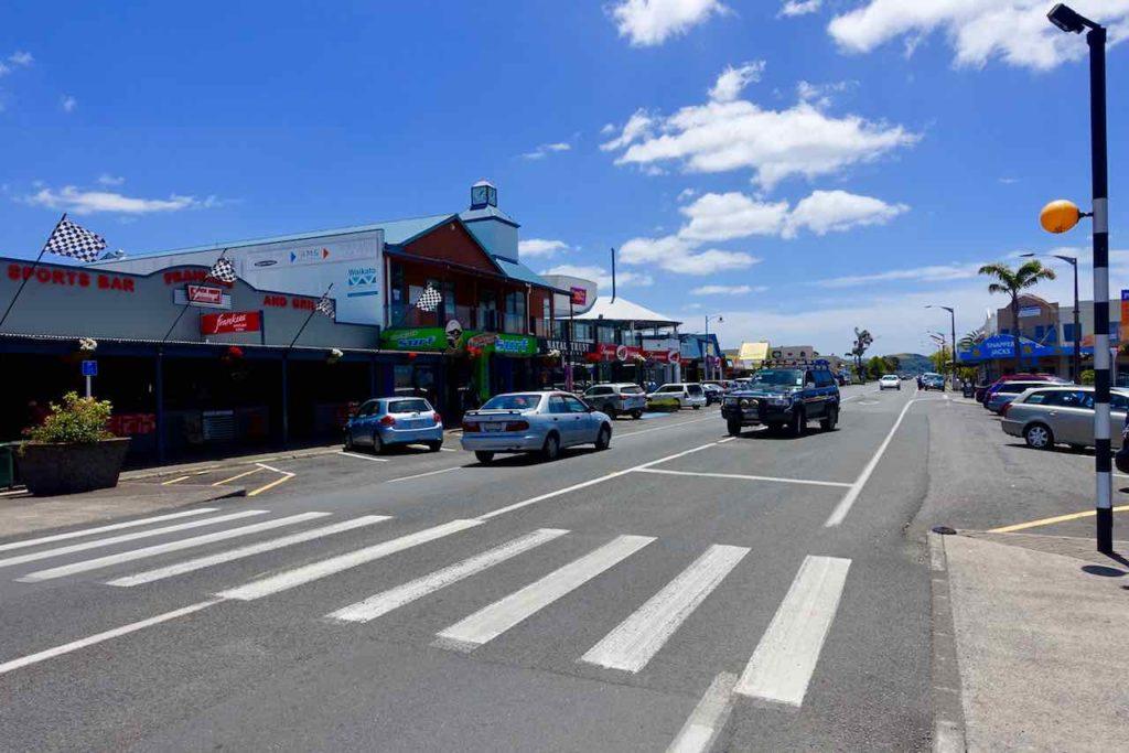 Coromandel Halbinsel, Whitianga Hauptstraße, Neuseeland Copyright Peter Pohle PetersTravel
