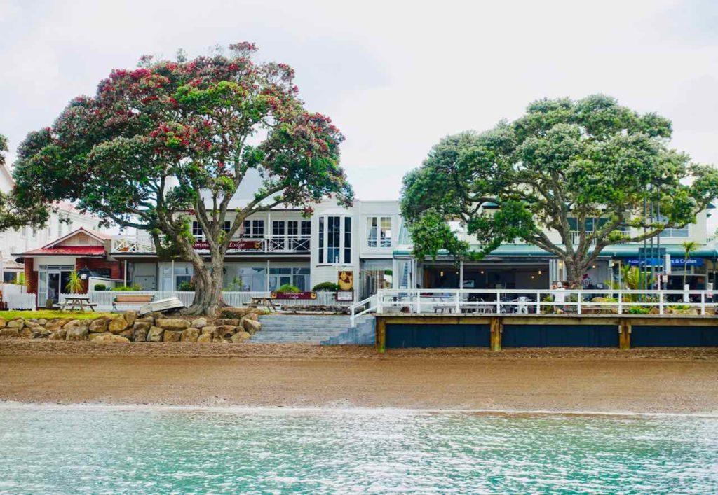 Russell Neuseeland, Strandpromenade vom Wasser aus gesehen Copyright Peter Pohle peterstravel