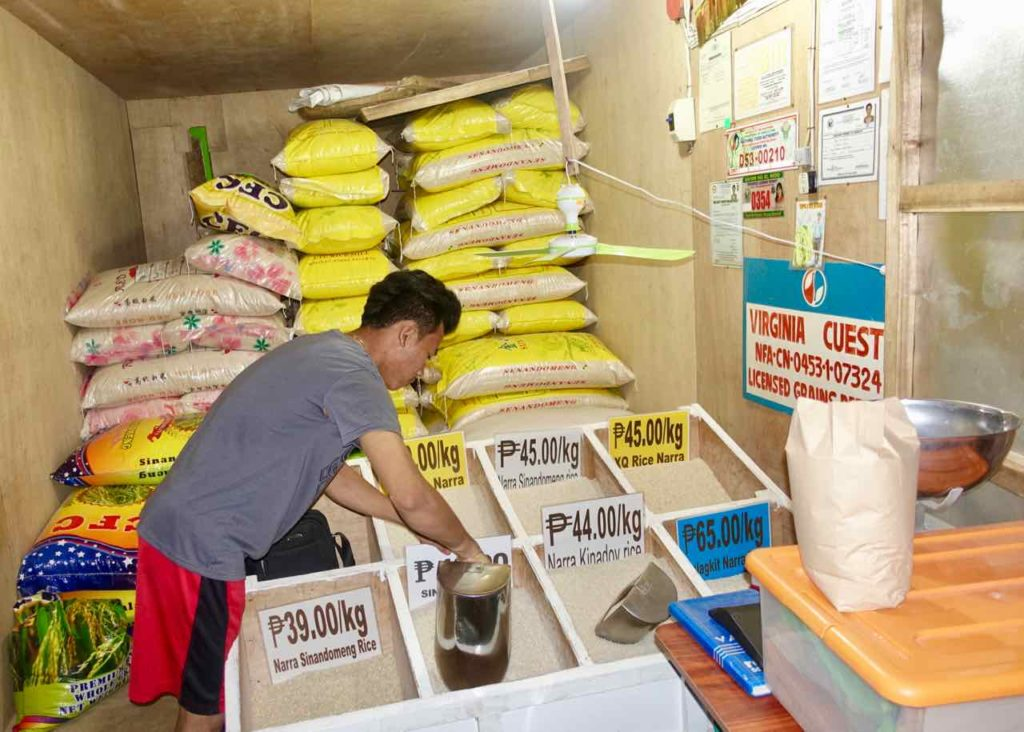 El Nido: Reisladen auf der Hama St, Palawan, Philippinen Copyright Peter Pohle PetersTravel