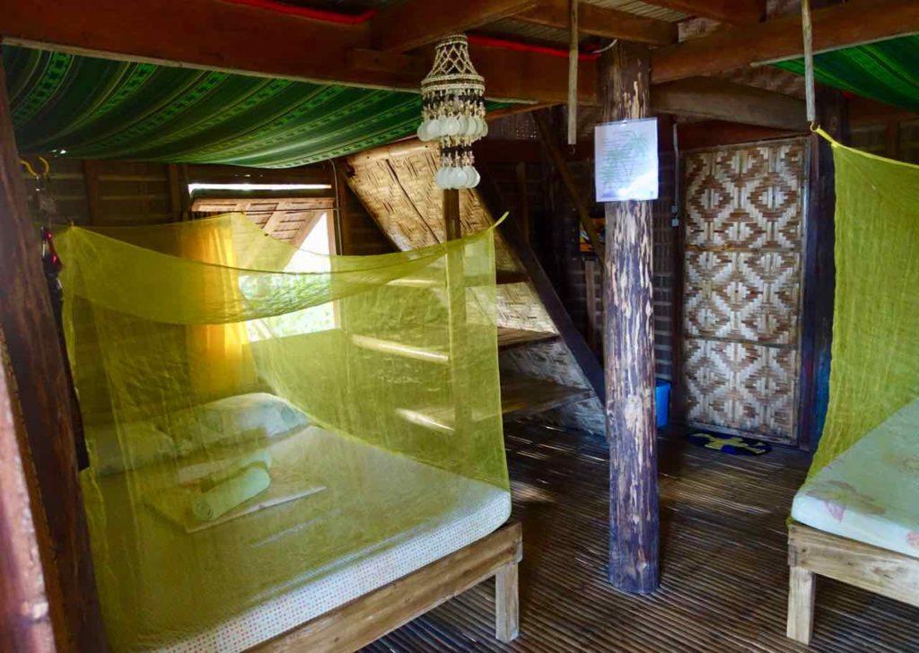 Sugar Beach bei Sipalay auf Negros, Zimmer im Driftwood Village, Copyright Peter Pohle