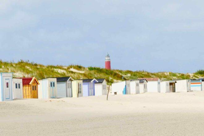 Texel Strände, De Cocksdorp: Kaap Noord mit Leuchtturm , Niederlande