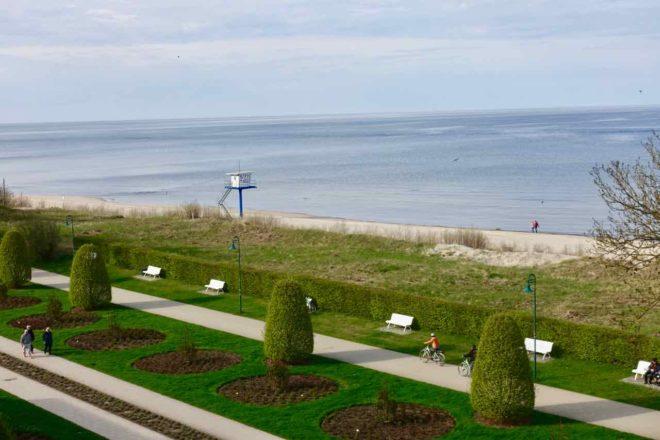 Usedom: Blick vom Maritim Hotel Kaiserhof zum Strand, Heringsdorf