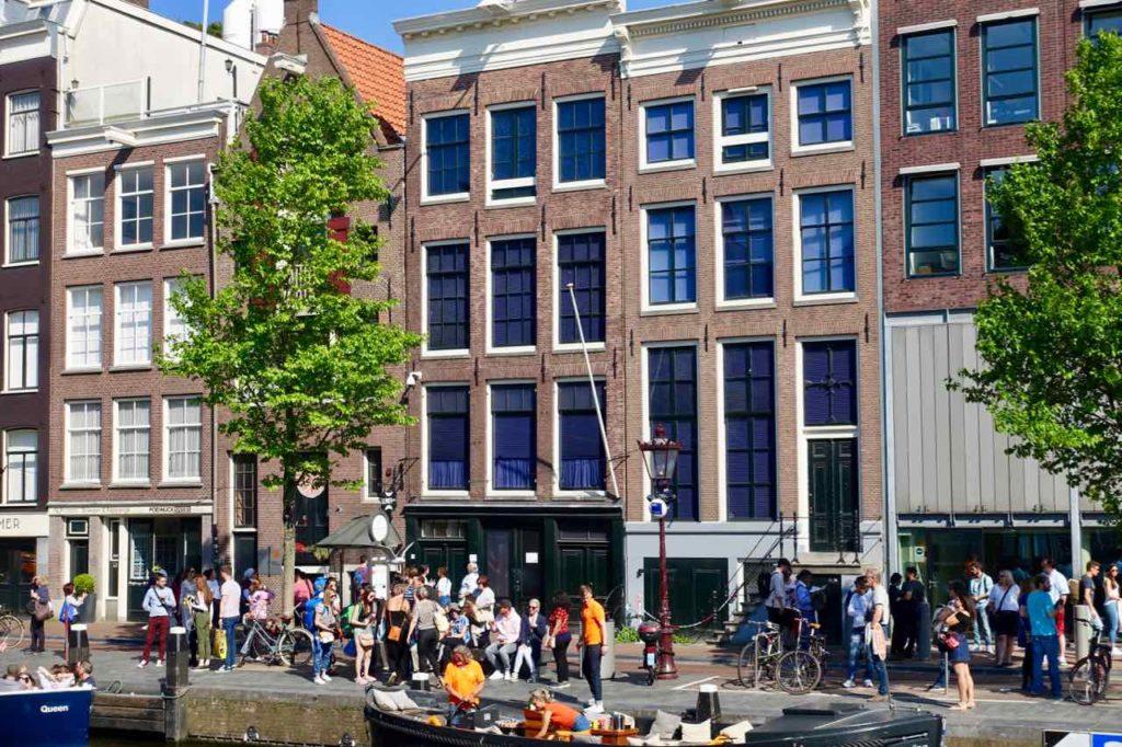 Anne Frank Haus in der Prinsengracht 263 in Amsterdam