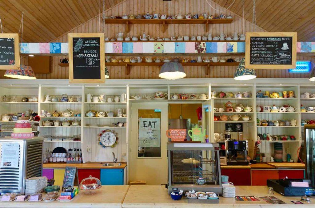 Urlaub auf Texel:, Café des Landgut De Bonte Belevenis auf der niederländischen Insel Texel.