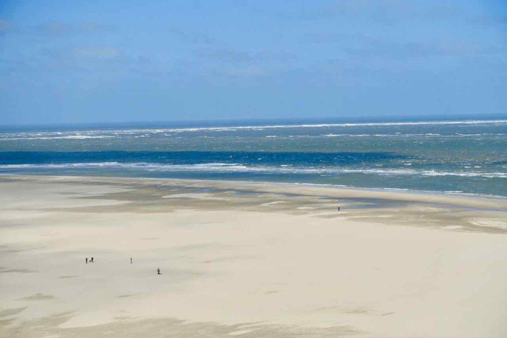 Urlaub auf Texel: Strand bei de Cocksdorp. Die Insel Texel gehört zu den Niederlanden.