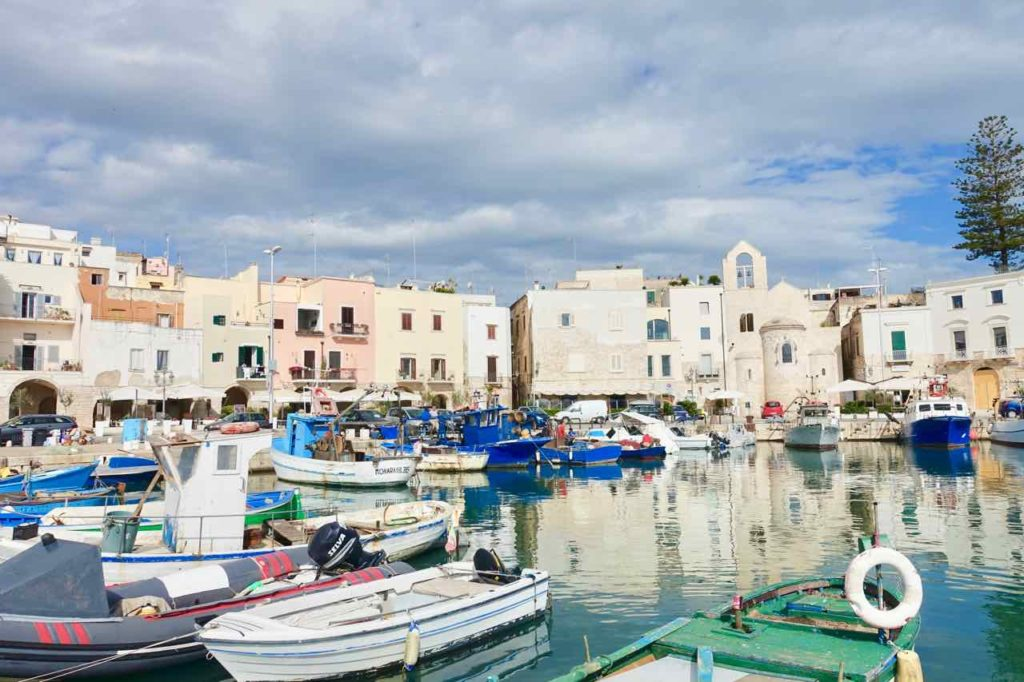 Apulien: Hafen von Trani Foto Peter Pohle PetersTravel.de