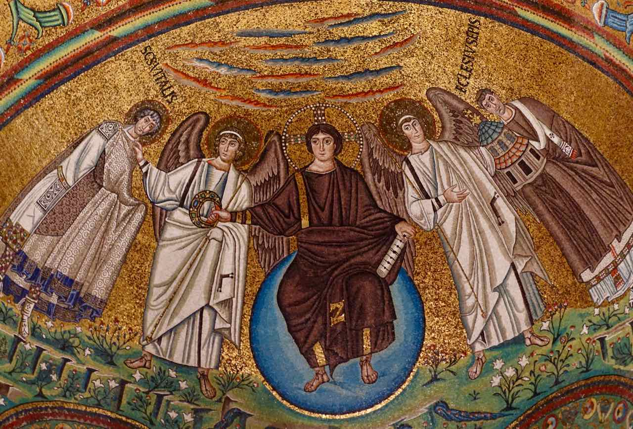Jesus auf dem Globus, Mosaik in der Kirche San Vitale in Ravenna, Italien, Foto PetersTravel.de