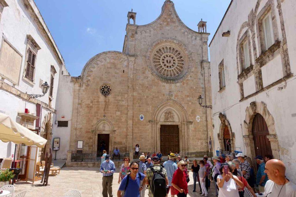 Dom von Ostuni in Apulien, Italien