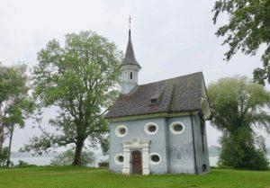 Chiemsee: Kreuzkirche auf der Herreninsel