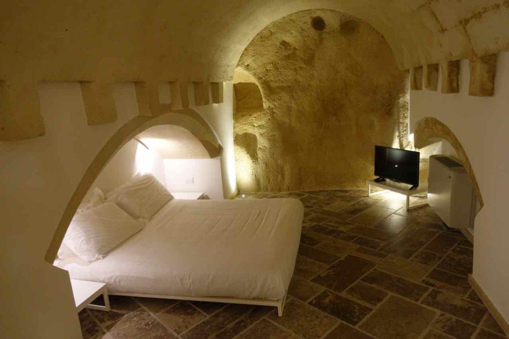 Zimmer im Höhlenhotel Pietragialla in Matera, Foto Peter Pohle PetersTravel.de