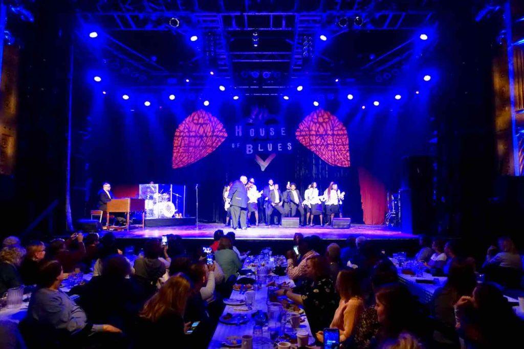 Chicago Restaurants: House of Blues, Restaurantbereich mit Blick auf Bühne