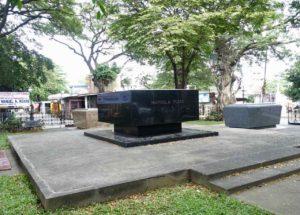 Manila Nordfriedhof, Grabstätte von Präsident Manuel A. Roxas