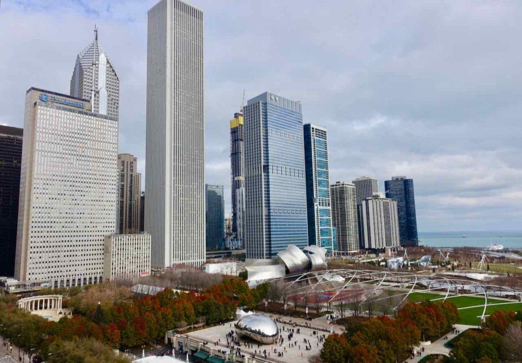 Chicago Aussichtspunkte: Blick von der Terrasse des Cindy's zum Millennium Park, Foto Peter Pohle PetersTravel