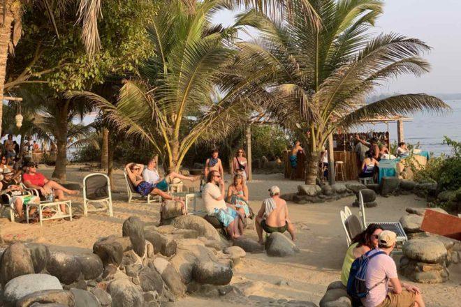 Palolem Beach am Nordende, Sundowner Bar, Copyright Peter Pohle PetersTravel