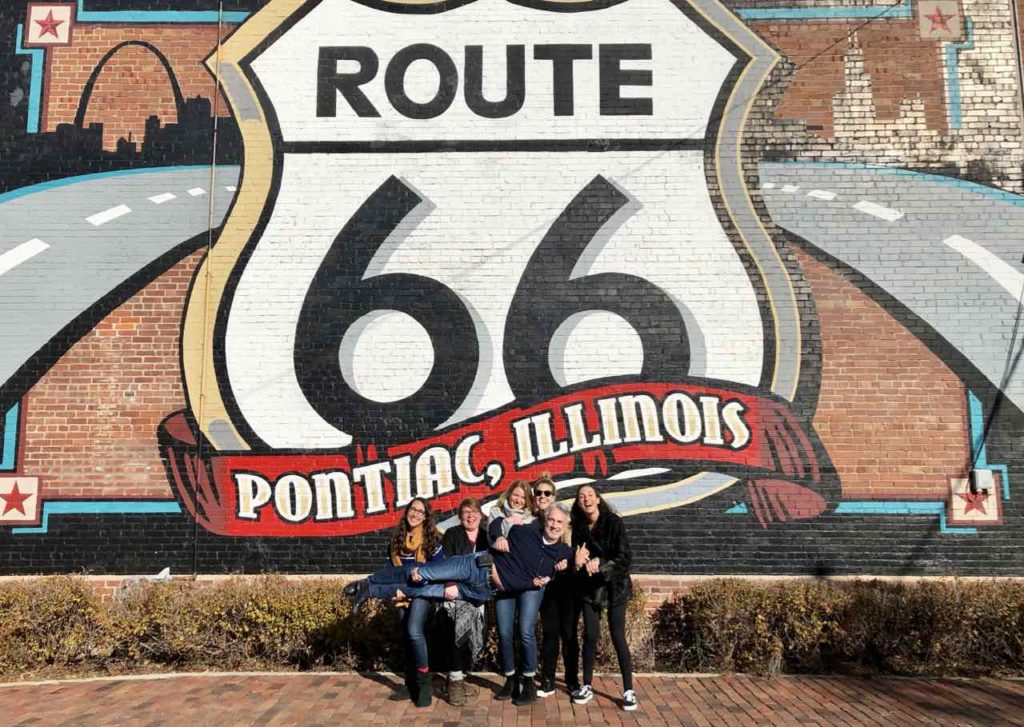 Route 66, Pontiac, Route 66 Hall of Fame and Museum: Das passiert, wenn man mit 5 Bloggerinnen unterwegs ist! Copyright Peter Pohle PetersTravel