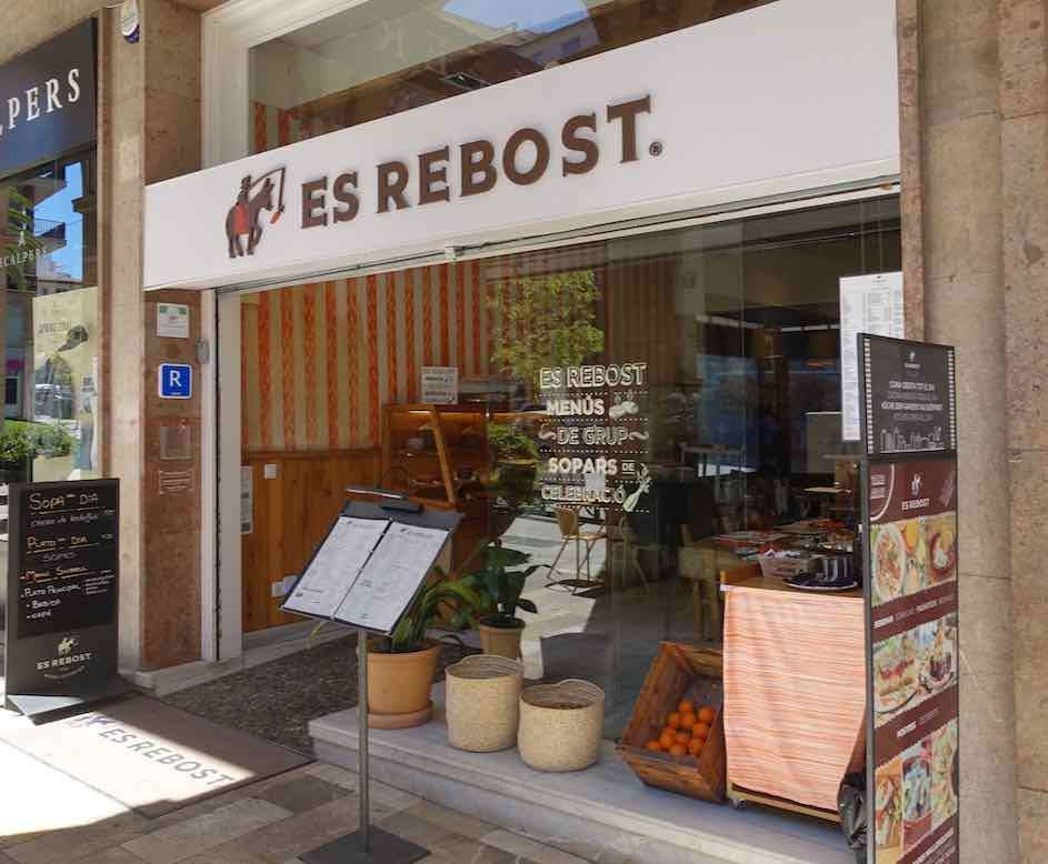 Restaurant Es Rebost in Palma Copyright PetersTravel