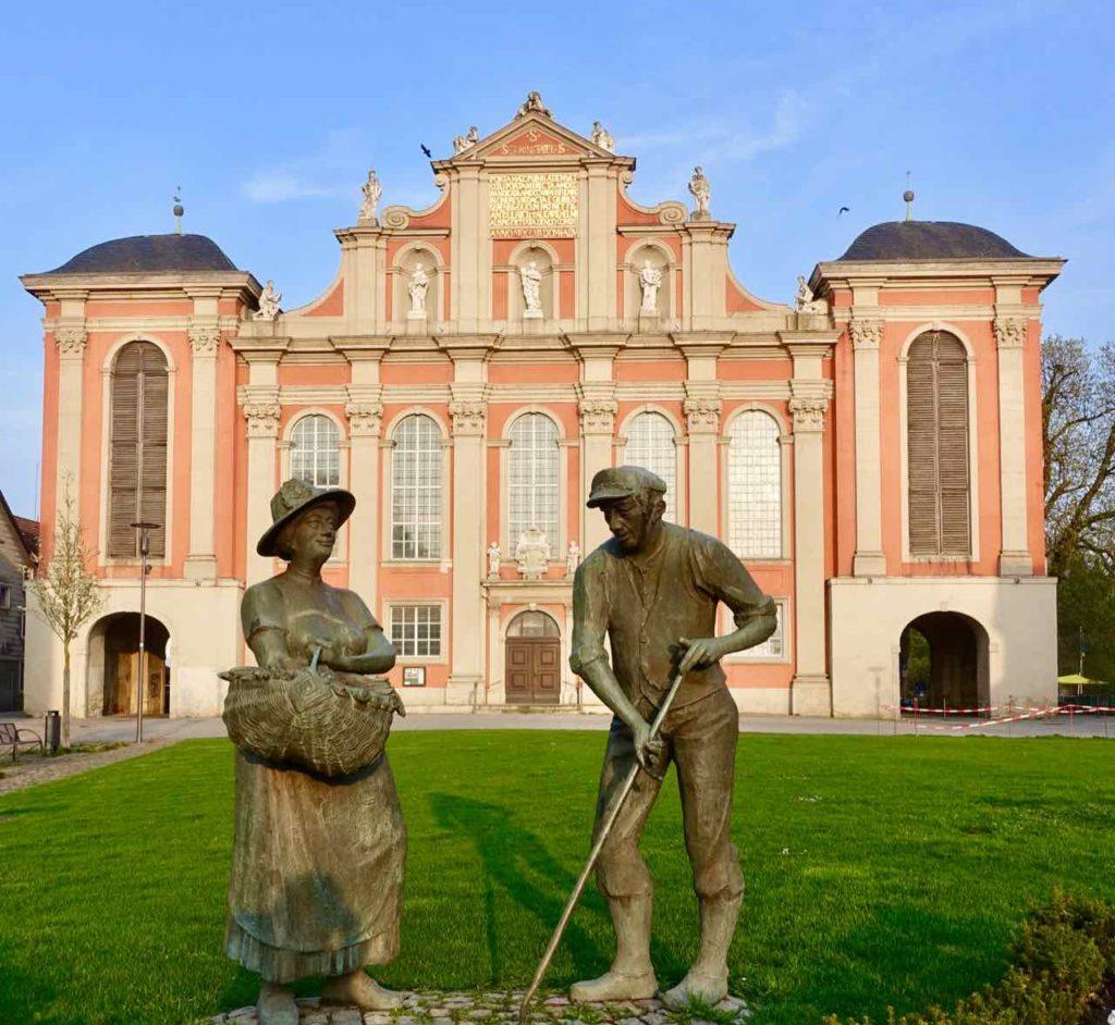 Gärtnerdenkmal vor der Trinitatiskirche in Wolfenbüttel
